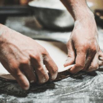 pâte à flammekueche ronde ou ovale